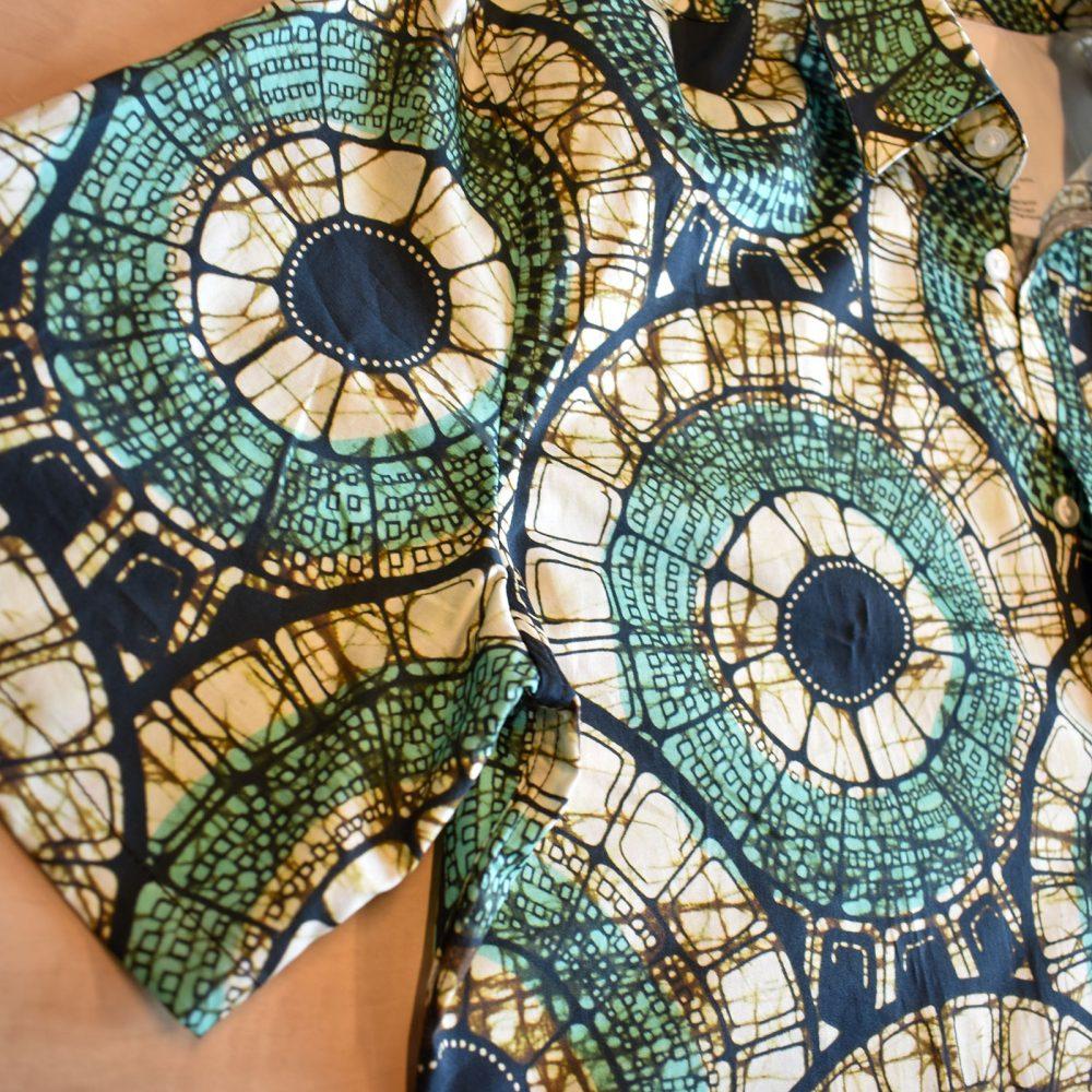 Short Sleeves Mosaic Circles green